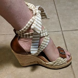 Tommy Hilfiger Tie Up Wedge Espadrilles